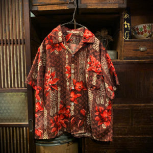 ヴィンテージ アロハシャツ【Carlton of Hawaii】【1960s-】Silky Rayon Hawaiian Shirt